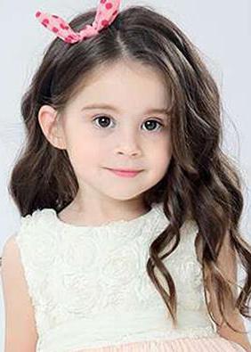 儿童模特_丹娜