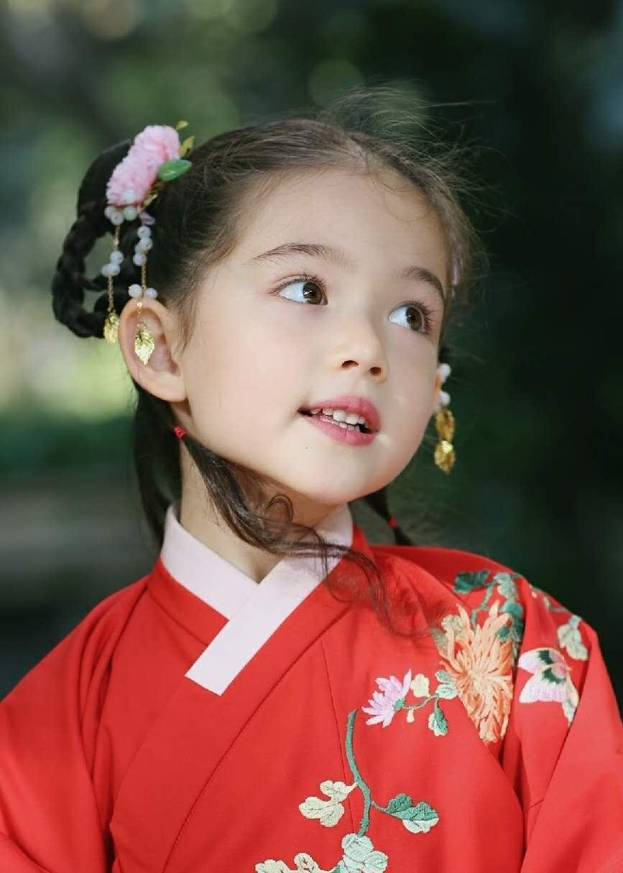 儿童模特_Naomi