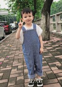 儿童模特_卢睿轩