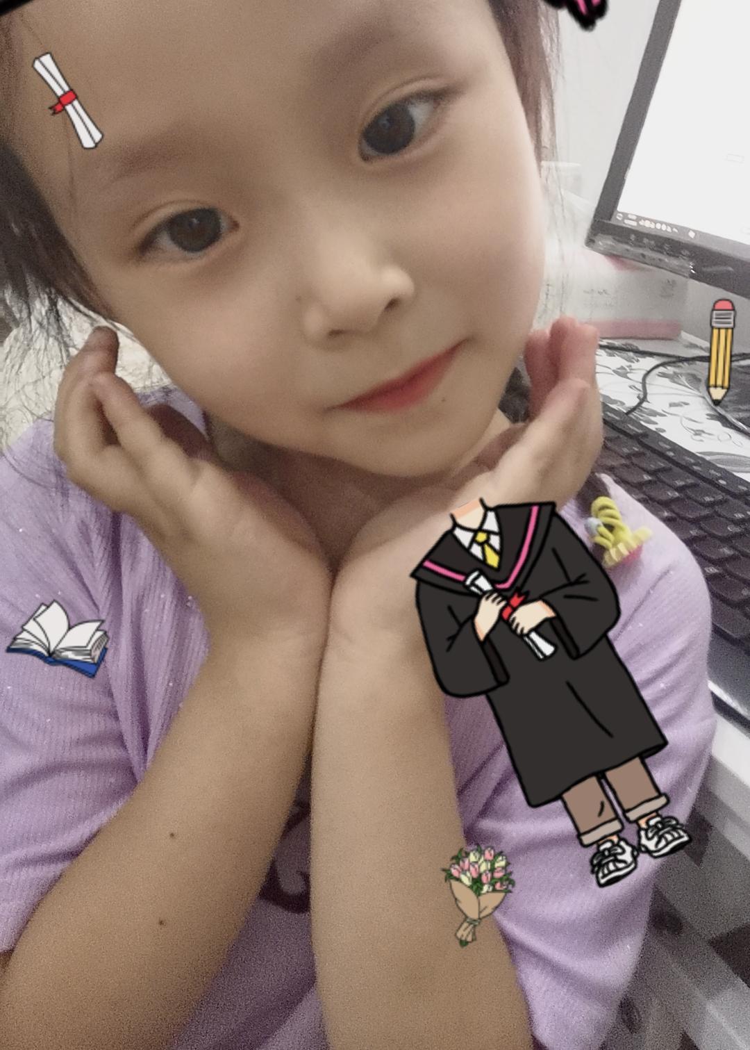 儿童模特_七七