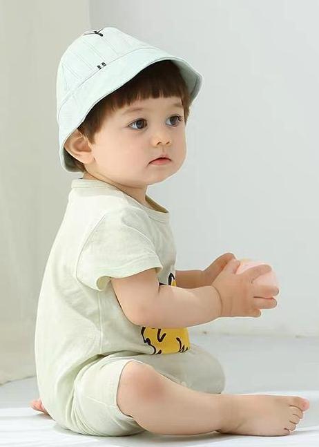 儿童模特_逸宝