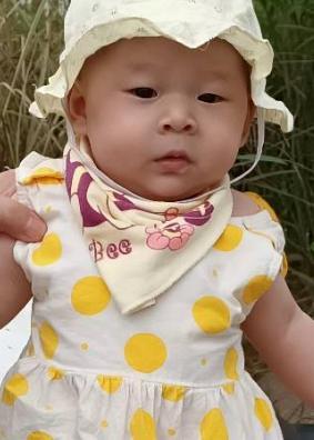 儿童模特_邓梓汐